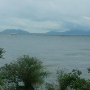 台風前 朝の琵琶湖!!