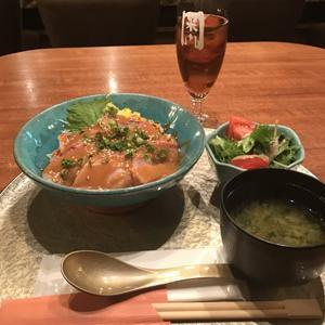 美食米門 品川港南 ワイン&グリル/高級和食店で海鮮胡麻ブリ丼御膳
