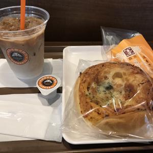 サンマルクカフェ/カフェラテと森永ミルクキャラメルチョコクロとパンのセット