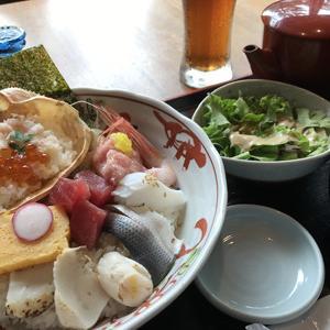 美食 米門 品川店/オシャレな和食レストランで海鮮丼