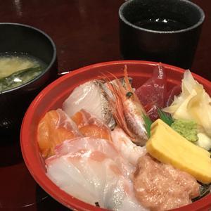 跳魚 品川店/鮮度の高い海鮮丼弁当を店内で