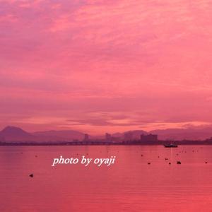 染め行く琵琶湖