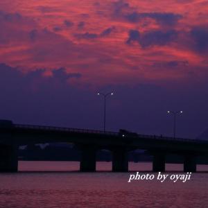 近江大橋での朝焼け