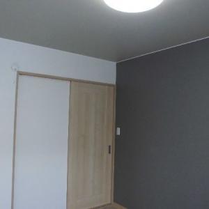 陽当りの良い2階南側の寝室