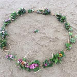 大地をなで 木は芽吹き 愛のうたごえ〜山県香りドーム〜輪踊り