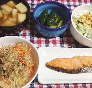 食事日記  しらたきの明太子マヨ炒め。