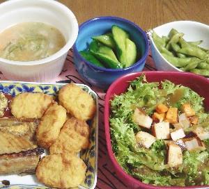 食事日記  大豆と鶏むね肉のナゲット。