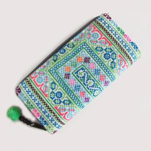 モン族手刺繍長財布を入荷いたしました!