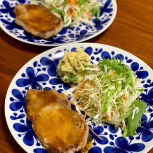 ポークソテーと鶏団子鍋ランチ♪
