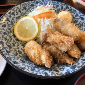 厚生食堂 牡蠣フライ定食