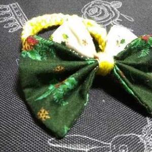 クリヅマスカラー蝶リボンの平結びブレスレット