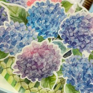 梅雨時期に綺麗な紫陽花!人気の立体アジサイカード!