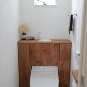 【新居版】トイレDIYの詳細② 収納づくり&トイレの水を流す方法は・・・