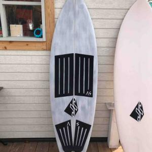 JR surfboard
