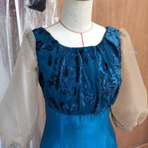 お直しドレスの仮縫い準備できました。