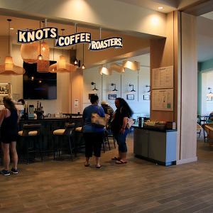 2019ハワイ旅 - クイーンカピオラニホテルのノッツ コーヒーロースターズがとってもオシャレです