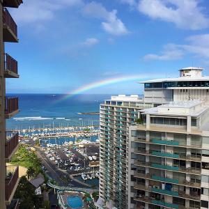 ある日の朝食 虹を見ながらラナイでまったりは最高です