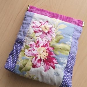 生徒さんのポーチ作り / 野草園の花 *オヤマボクチ*
