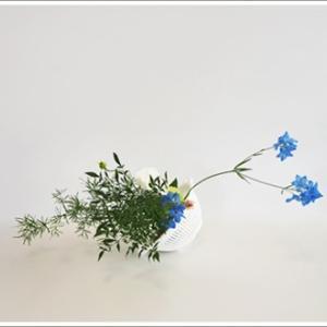 花器でないものを花器にする
