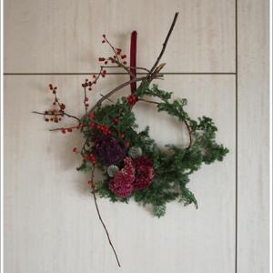 壁作品のクリスマスリース