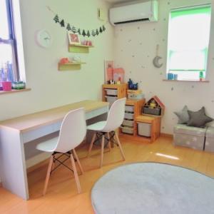 子供部屋に勉強机★設置しましたー!