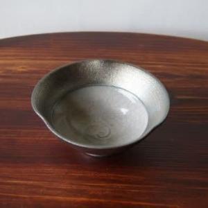 紫窯変貫入掛け分け輪花小鉢