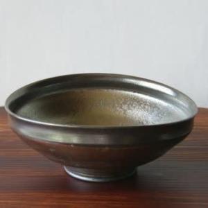 黒縁たわみ鉢