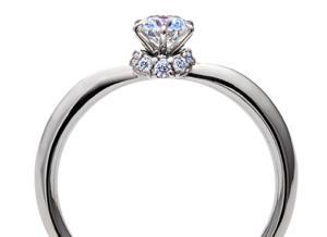 【ブライダル】·˖✶·さりげない特別感を˖✶【ラザールダイヤモンド】
