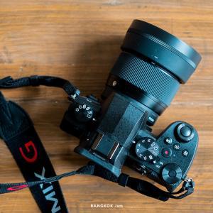 超コスパ写真機、パナソニックのミラーレス一眼 Lumix G99(タイでは Lumix G95)。