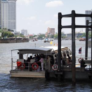 ボートで行くアップルストア タイ1号店。Boat Trip to Apple Store Thailand.(写真40枚)