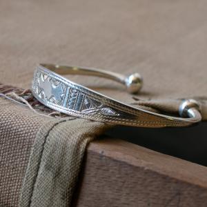Touareg Silver Jewelry バングルとリングが入荷!