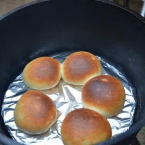 石川県旅行記 その2 ~キャンプでの朝食、パーコレーターでコーヒー、ダッチオーブンで焼き立てパンなど~