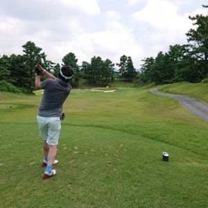 桑名国際ゴルフ倶楽部でゴルフ その2 ~ミドルホールでバーディー、ついに自己ベスト更新! 初の80台~