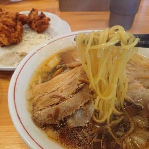 奈良天理ラーメン 天風 豊川店のランチセット ~天風ラーメンの鶏の唐揚げセット~