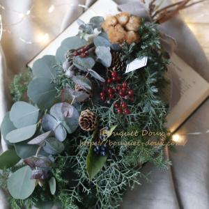 【レポ】生花基礎クラスはクリスマススワッグ→お正月飾りへリメイク可能に