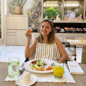 ドバイ生活の爽やかで優雅な朝食