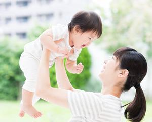 ぎゅっと抱しめてあげる時間が子どもにとって最高の時間です