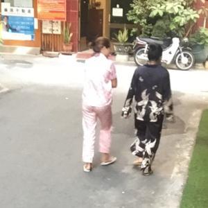 ホーチミン日本人街のパジャマ率