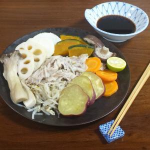 レンジで簡単10分!豚肉もやしと秋野菜の蒸し料理