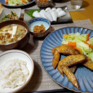 【鶏のマーマレード煮】と【なめこのお味噌汁】の晩ごはん