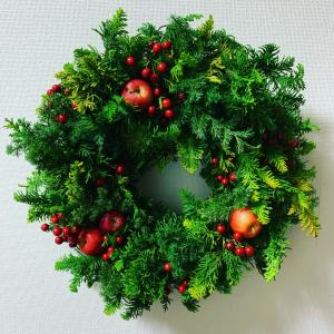 生のクリスマスリース