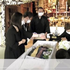 葬儀の配信・・・