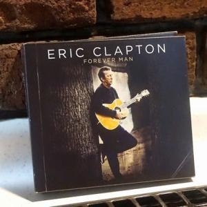 Eric Clapton聴きながらお久しぶりの青椒肉絲だが、細長く切るのが面倒@鎌倉七里ガ浜自宅厨房