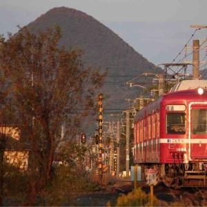 実はまだもう少し続くよ四国シリーズ!ついに本命の姿となった還暦の赤い電車!!