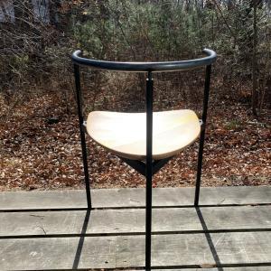 ■三日月チェア in テラス/ Crescent chair in the terrace