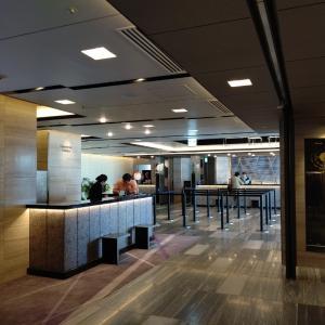 13時、奈良とグランヴィア大阪1階と19階と会員さんがお見合いです。
