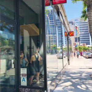 ロサンゼルスの手巻き寿司専門店