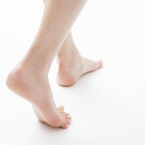 足の痛みを放置しないで