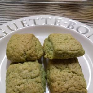 ほうれん草ペーストで作るクッキー