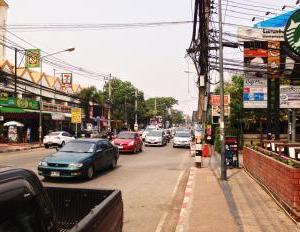 タイでもコロナ感染者再び急増中。入国はできるけど・・・